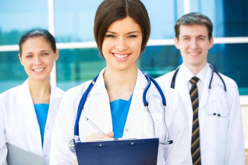 medicos_jovenes_eupharlaw2