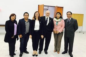 Los retos de la Farmacia peruana
