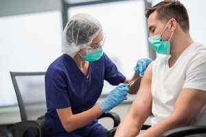 Responsabilidad y concienciación ante la vacunación frente a la COVID-19